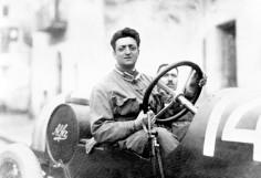 Enzo-Ferrari 2